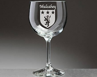Mulcahey Irish Coat of Arms Red Wine Glasses - Set of 4 (Sand Etched)