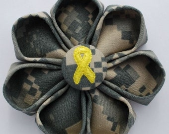 US Army ACU Digital Camo Blossom with Yellow Ribbon