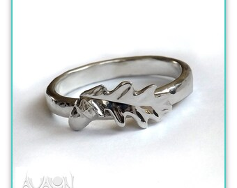 Sterling Silver Oak Leaf And Acorn Ring. New! heavier guage Silver