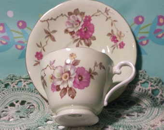 Aynsley Teacup & Saucer Set Apple/Cherry Blossoms Made In England