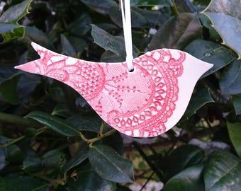 Ceramic Valentines bird gift,  Robin, handmade, antique lace, love bird, red porcelain bird, home decor, Mothering Sunday gift.