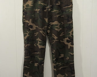 Vintage pants, 1970s pants, Camo pants, hunting pants, camouflage pants, vintage clothing, 41 x 30