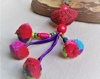 Jewels of Ethnic bag embroidered heart heart tribal red-object Carry ethnic key