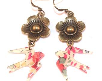 Boucles d'oreilles hirondelles liberty et fleurs