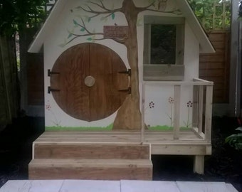 Small playhouse, hobbit style