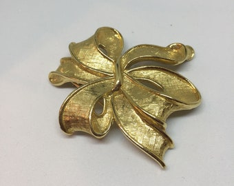 Vintage Trifari Brushed Gold Brooch or Pin, Estate Jewelry,