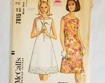 """McCalls pattern 7815 vintage 1960s dress. Swing dress, simple dress Hippie, Mod. Complete. Vintage size 12 with 32"""" bust. Sleeveless"""