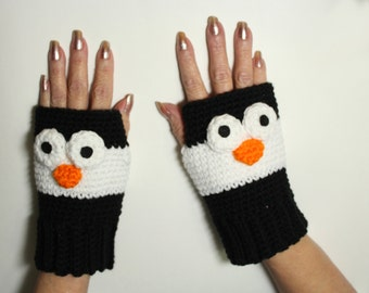 Penguin Fingerless Gloves, Crochet Animal Mittens, Winter Handwarmers, Black and White Mitts, Wrist Warmers