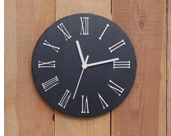 Traditional Round Slate Clock- sandblasted and infill painted (SR1150)