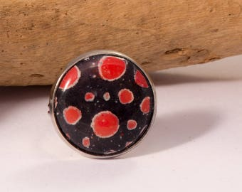 small round ring set cabochon pastel orange dots black on polymer clay