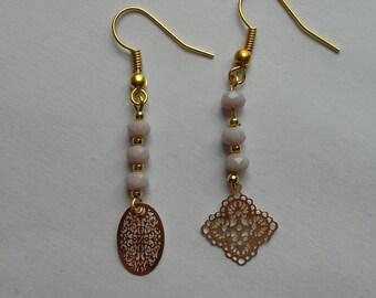 Filigree dissociated or not, Golden bead earrings light purple