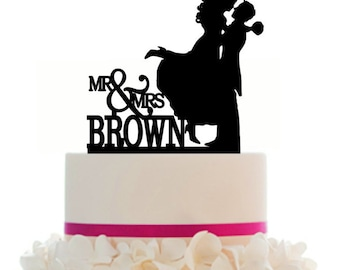 Custom Wedding Cake Topper , Couple Silhouette, Your last Name