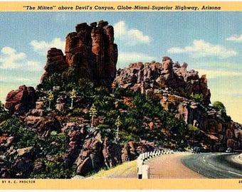 Vintage Arizona Postcard - The Mitten along Route 60, near Superior (Unused)