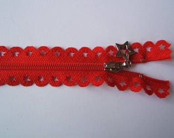 Edward closure lace star 25 cm Red