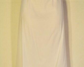 Women's Vintage White Skirt