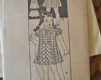 Antique Childs pattern by Marian Martin Size 4  1930s early 1940s -FREE SHIPPING on all patterns when you buy 3 or more -Vintage