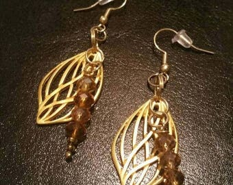 Sale Sale Sale Charming leafy earrings