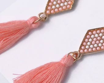 Pretty Beaded And Tassel Drop Earrings