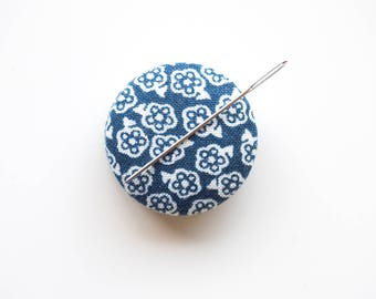 Needle Minder, Design #12 - Small Blue and White Flower, Cross Stitch Accessory
