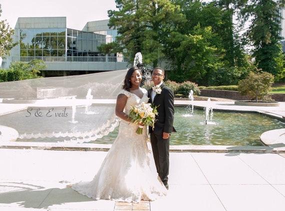 Lace Wedding Veil - Mantilla veil with Lace trim and metal comb