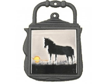 Kettle Trivet Black Horse