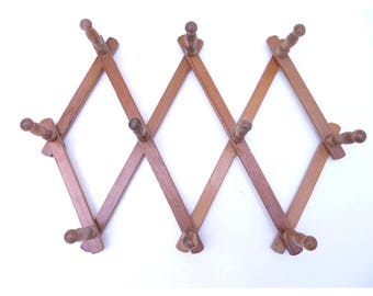 Vintage Wood Peg Expanding Foldable Wall Hanger Accordian Rack French Style