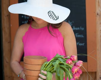 White personalized floppy hat