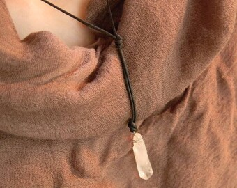 ROGUE ONE Kyber Crystal Necklace Replica