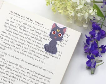 Luna - Magnetic bookmark || gift for book lovers, manga, anime, bookish, bookworm, page clips, magnetic bookmarks