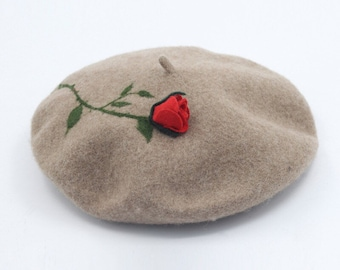 Wool beret with Needle felt rose ,Needle Felted hat pattern,fresh and romantic  beret for gift