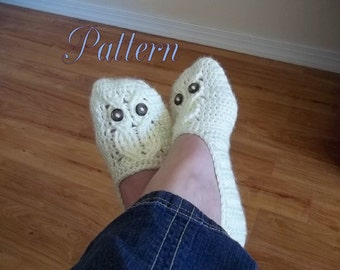 Crochet Pattern, It's a Hoot Owl Ladies Slipper in four sizes.