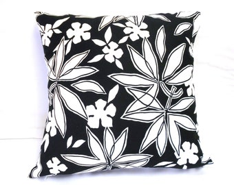 """Black and white floral pillow cover, 20 x 20"""" cotton"""
