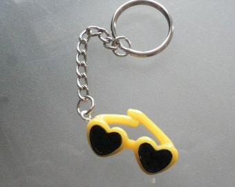 Keyring Yellow Sunglasses/Birthday/Christmas gift/Novelty/charm