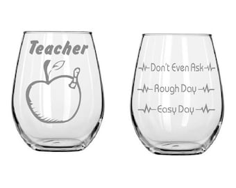 teacher Good day Bad day glass,Etched wine glasses,Teacher gifts,Bookworm,birthday gifts,Funny glass,Gifts,Etched giftsChristmas Gifts