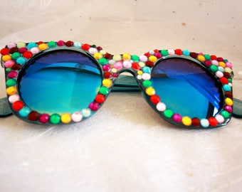 Badabling rainbow festival and party shades