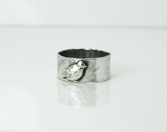 Bird ring - Sterling silver ring '' Stone bird '' Massive silver ring - chunky ring - gift  -  hammered band - silver band