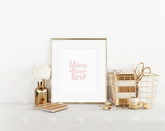 8x10 portrait gold frame mockup / Styled stock photography / Instant download / #3639