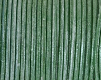 String / cord of round leather of superior quality - 2.3 mm diameter - pistachio metal - by 50 cm