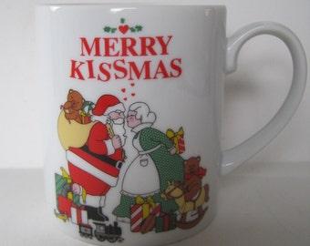 Vintage Merry Kissmas Coffee Mug