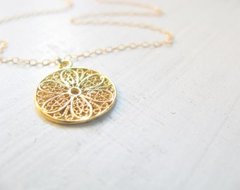 Flower necklace, gold necklace, gold Filigree necklace, dainty necklace, bridesmaid necklace, wedding, simple necklace gold, spring  jewelry