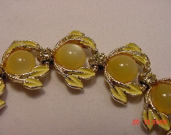 Vintage Yellow Rhinestone & Cabochon Bracelet   16 - 623