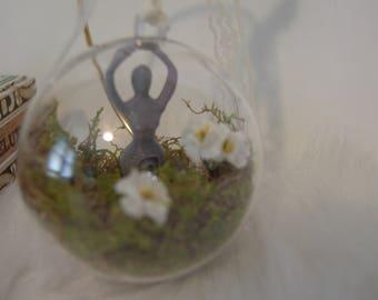 Goddess Blooming Terrarium Ornament