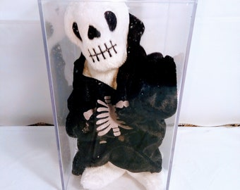 Ty Beanie Baby Creepers The Halloween Skeleton Retired