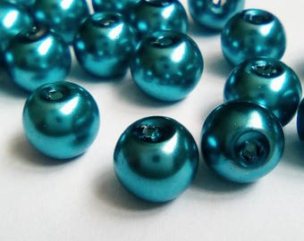 20 mother of Pearl 8mm blue opaque glass beads