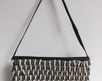 Vintage 1990s zipper feature handbag