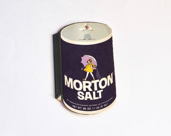 Vintage Advertising Morton Salt Girl Umbrella Salt Memo Pad! Cute!