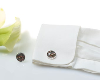 Cufflinks made with Japanese kimono silk, under glass dome, chromed metal and fabric