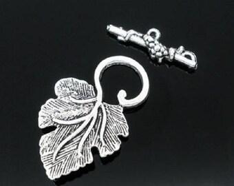 Tibetan silver Vine Leaf Toggle clasp