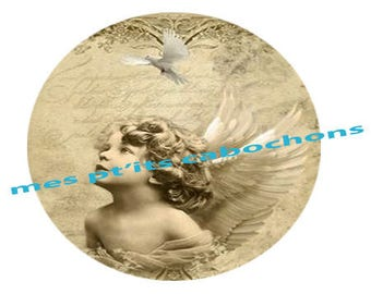 18 mm - nice Ref angel glass cabochon