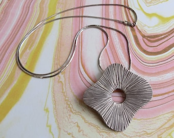 Modernist textured large sterling silver pendant & chain.